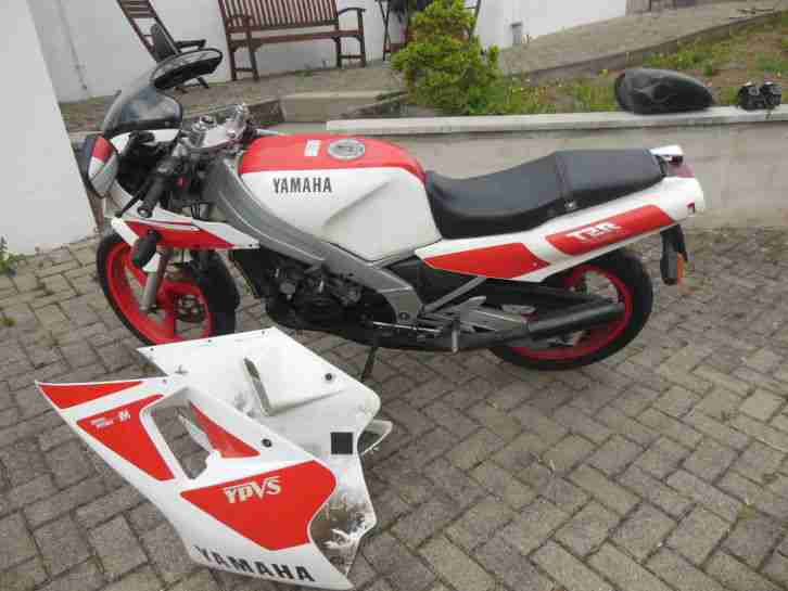 Yamaha TZR250 25 Jahren in Garage, nicht genutzt nur 28.000km