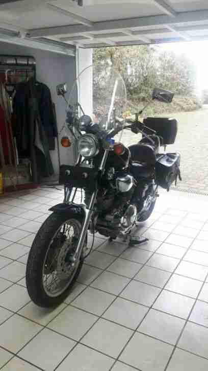 Yamaha Virago 1100 Bildschönes Motorrad 45 KW 6000 mit viel Zubehör nur 22231km