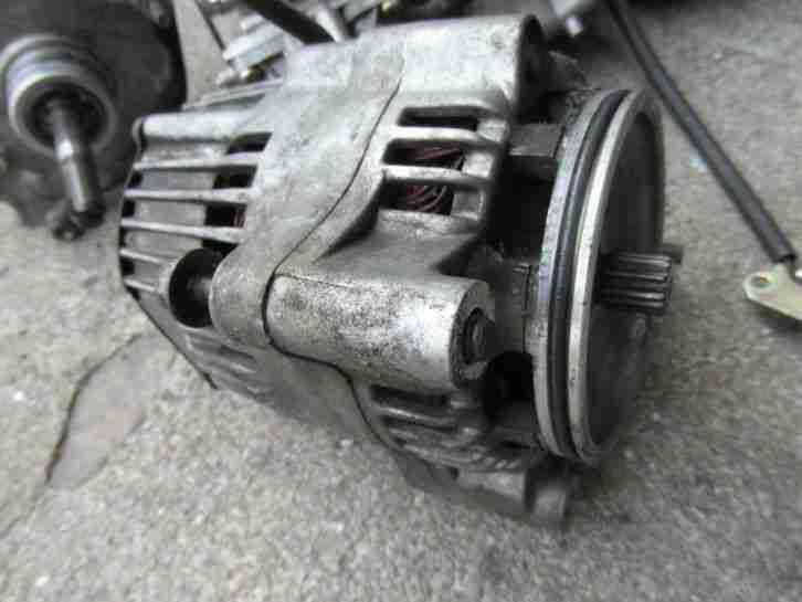 Yamaha YZF 750 R Ersatzteile alles siehe Fotos zusammen
