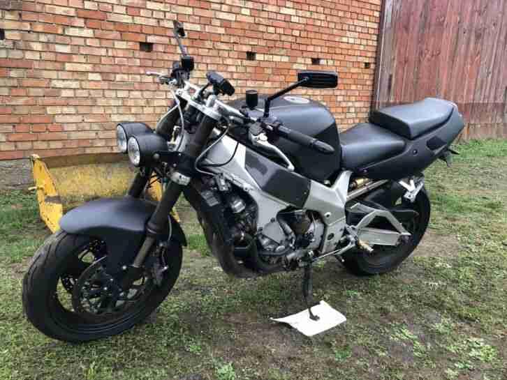 Yamaha YZF 750 R Streetfighter Umbau
