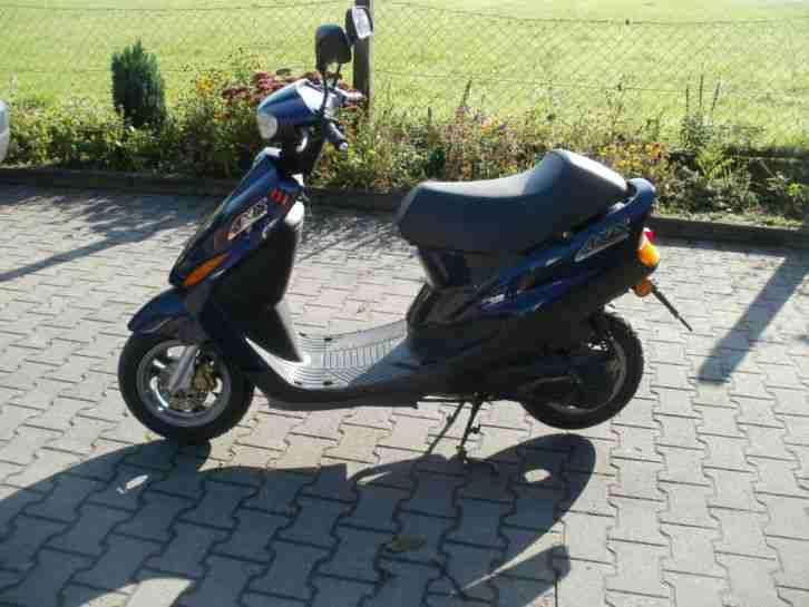 Yamaha ya 50 AXIS