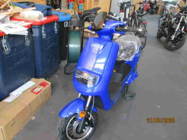blu:s XT2000 STALKER (25km h), blau Elektroroller E Roller Blus Roller Mofa