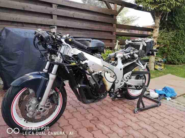 suzuki gsxr 750sard