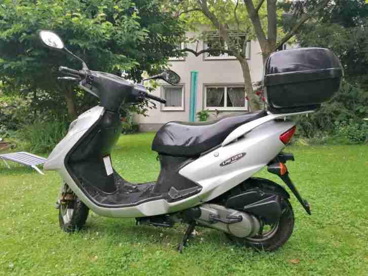 Suzuki UE 125 Bj:2008