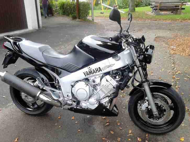 yamaha tdm 850 naked bike umbau mit fzr 17 zoll bestes. Black Bedroom Furniture Sets. Home Design Ideas